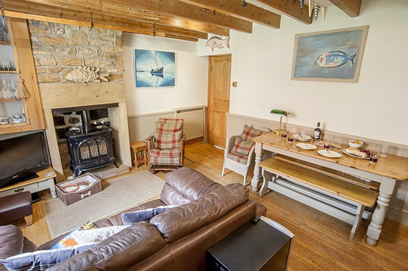 12. Rothwell Cottage   Baytown Holiday Cottages   Robin Hood's Bay png