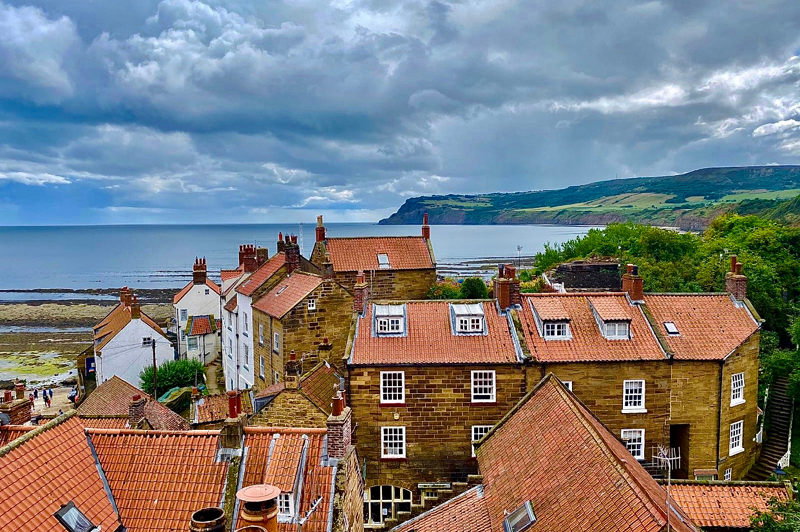2 Robin Hood's Bay Rooftops Baytown Holiday Cottages Robin Hood's Bay