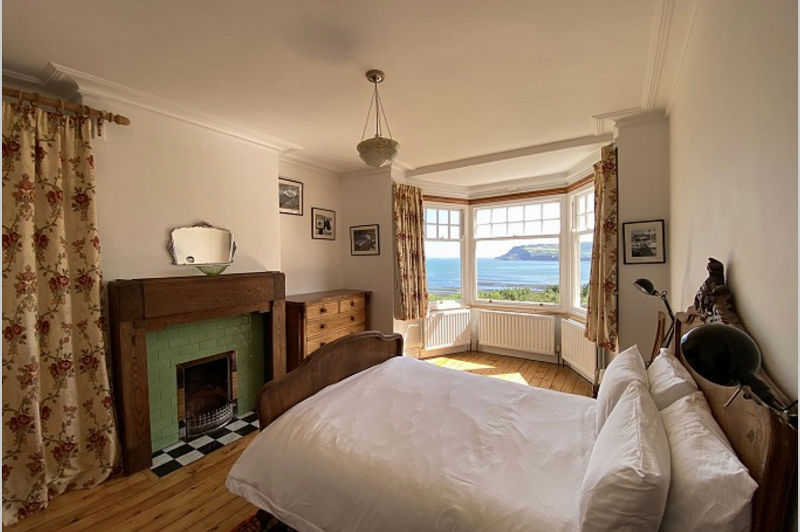 3. Romaville   Baytown Holiday Cottages   Robin Hood's Bay png