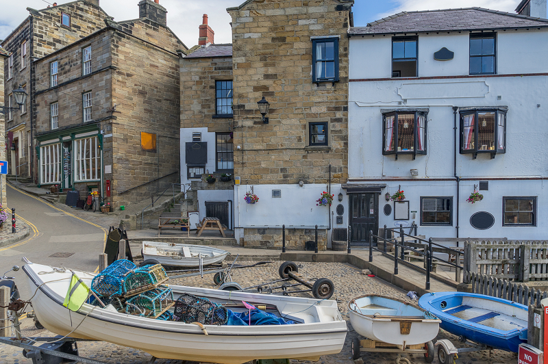 5. bay hotel baytown holiday cottages robin hoods bay png