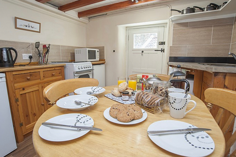 8.Graystones   Baytown Holiday Cottages   Robin Hood's Bay png